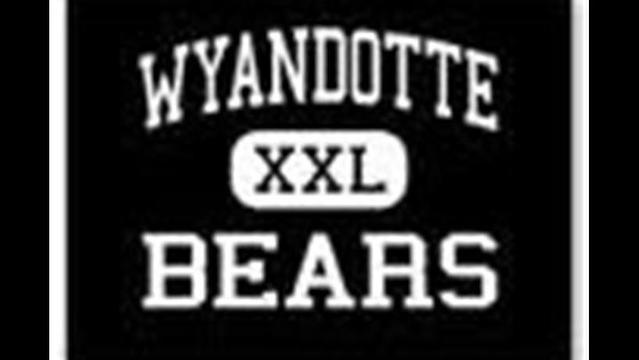 Wyandotte Bears Football Team Preview