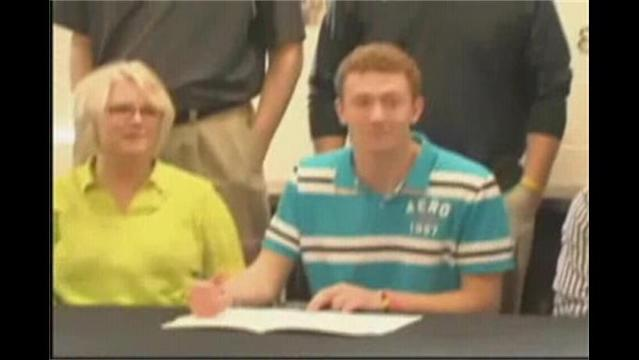 Logan Myers Signs with Ozark Christian College