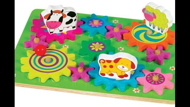 Small World Toys Recalls Spin-A-Mals Farm and Safari Puzzles