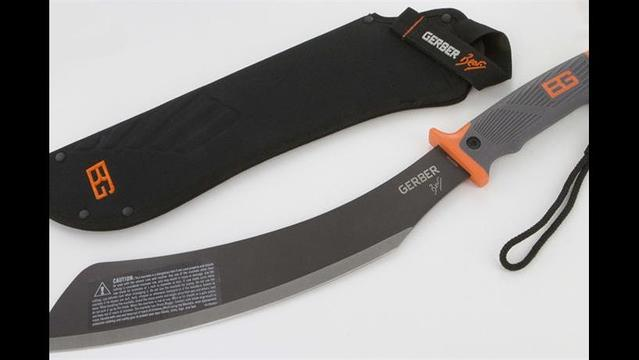 Gerber Recalls Machetes with Stitched Sheaths